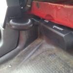 die Eberspächer Luftstandheizung hat auch ihren Platz gefunden, im Beifahrer Fußraum...
