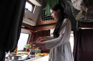 essen kochen im Bus