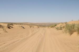 Wüste bei Derweze- der Weg zum Gaskrater