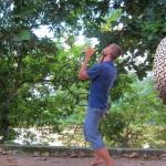 Benni übt sich im jonglieren
